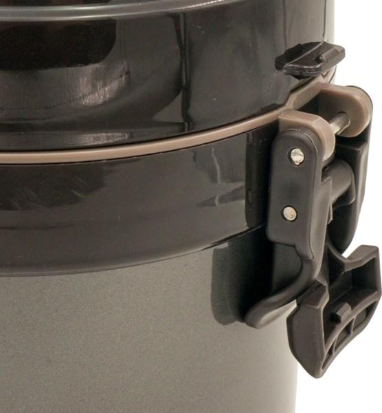 Термос в чехле J8 с тремя судочками 2200 мл - защёлки на крышке